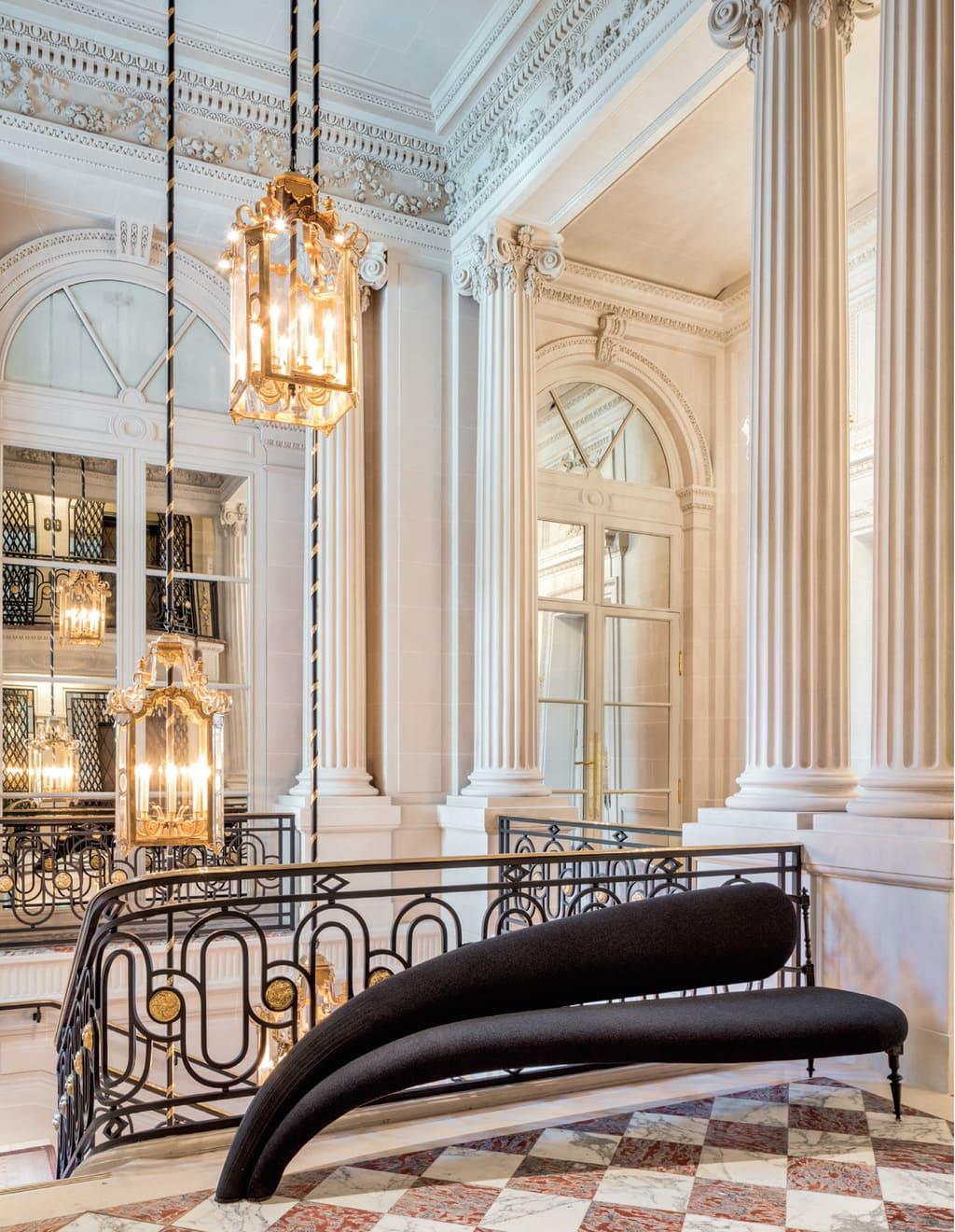 Hotel-de-Crillon-Chahan-Minassian-3-4